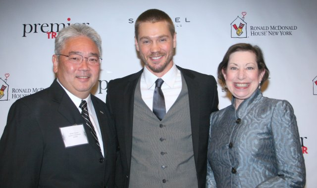 photo of Randy Tanaka, Chad Michael Murray, Linda Vaughan
