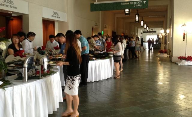 lunch buffet at kalikimaka lane