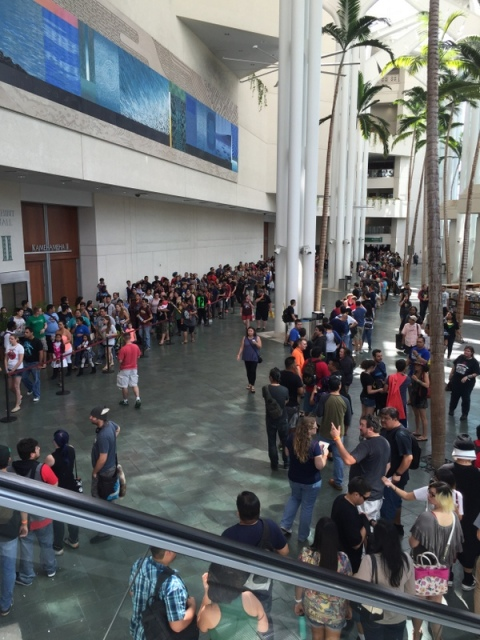 7,000 – 10,000 comic book fans gathered for the very first Amazing Hawai'i Comic Convention!